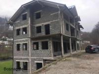 بيع منزل كبير في البوسنة